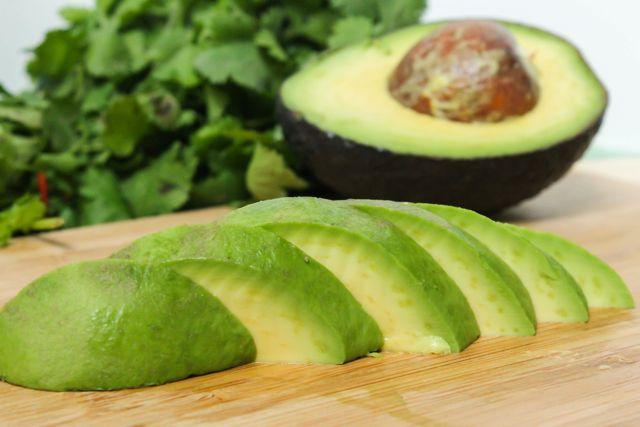sliced_avocado